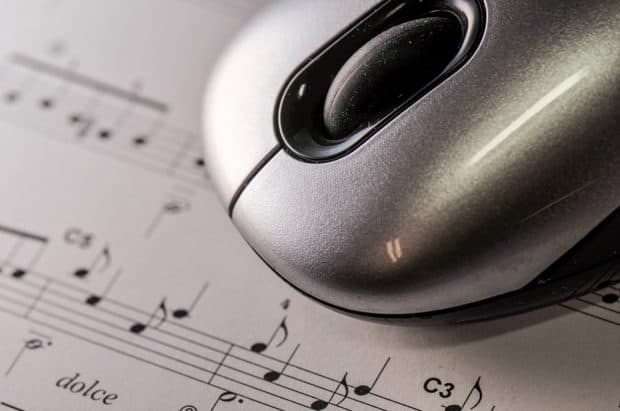 Mouse on Music Notes